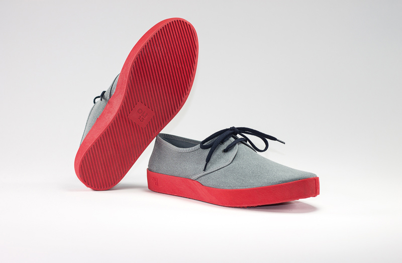 OLI13 DERBY GREY-RED CANVAS