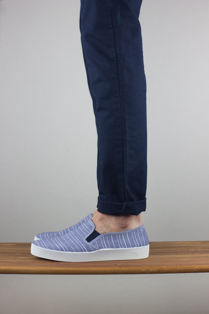 Oli13 slipon stripes blue white
