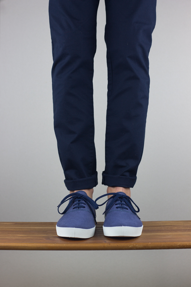 oli13 oxford blue sea white